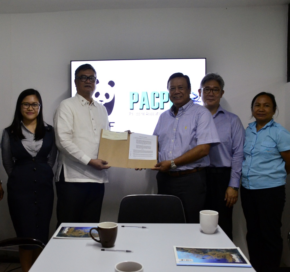 """<h1>PACPI Partnership for Alimasag Fisheries</h1> <p>The Philippine Association of Crab Processors, Inc. (PACPI) recently participated</p> <p style=""""text-align: right;""""><a href=""""https://wwf.org.ph/resource-center/story-archives-2017-2/pacpi-partnership-signing/"""">Read More ></a></p>"""