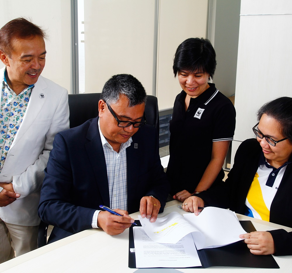 "<h1>Royal Caribbean Cruises Partnership</h1> <p>RCL Manila has recently opened its doors for more collaborations </p> <p style=""text-align: right;""><a href=""https://wwf.org.ph/resource-center/story-archives/royal-caribbean-moa-signing/"">Read More ></a></p>"